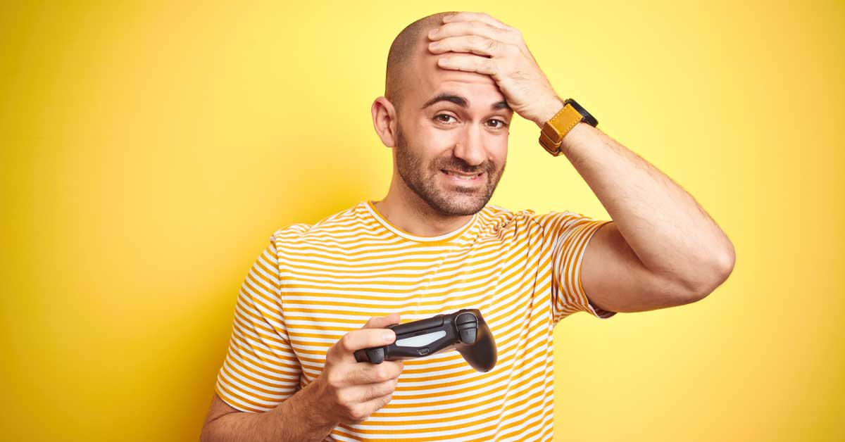 Online gamer with hair loss