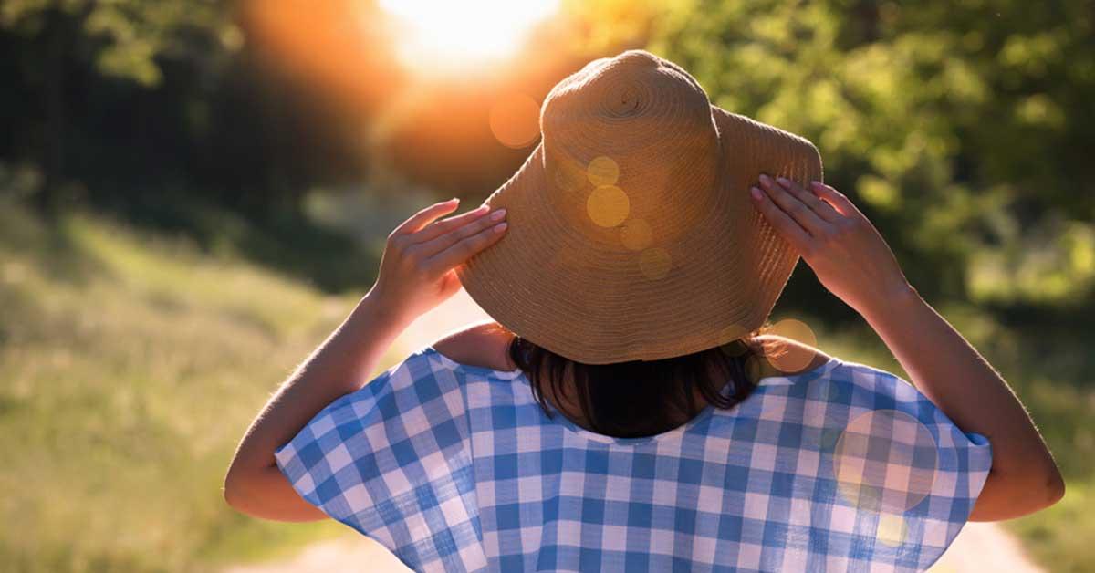 woman avoiding hair sun exposure